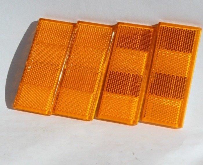 Lampă reflectorizantă portocalie pentru remorci auto